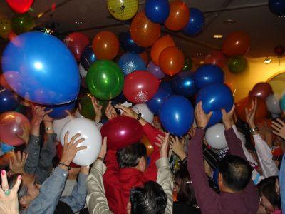 normal_Balloon%20Drop3.jpg